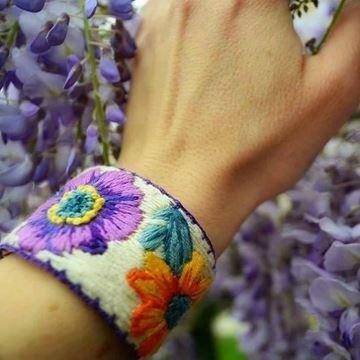 Mis Eller Koleksiyonu / Turuncu & Mor Çiçek resmi